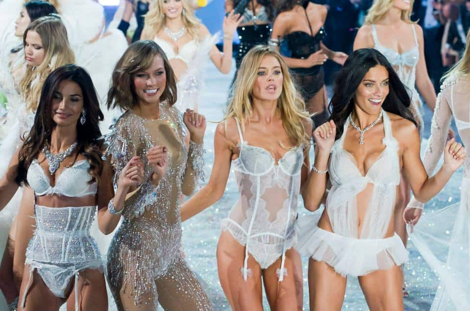 models-at-victoria-secret-show