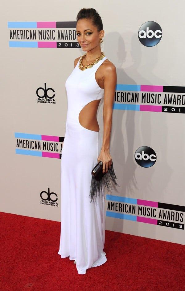 nicole-richie-american-music-awards-2013-naya-rivera-2013-AMAs-red-carpet