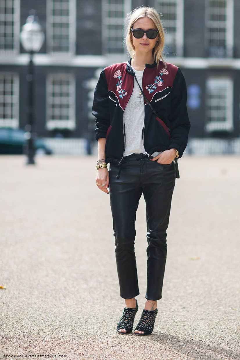 printed-bomber-jacket-street-style