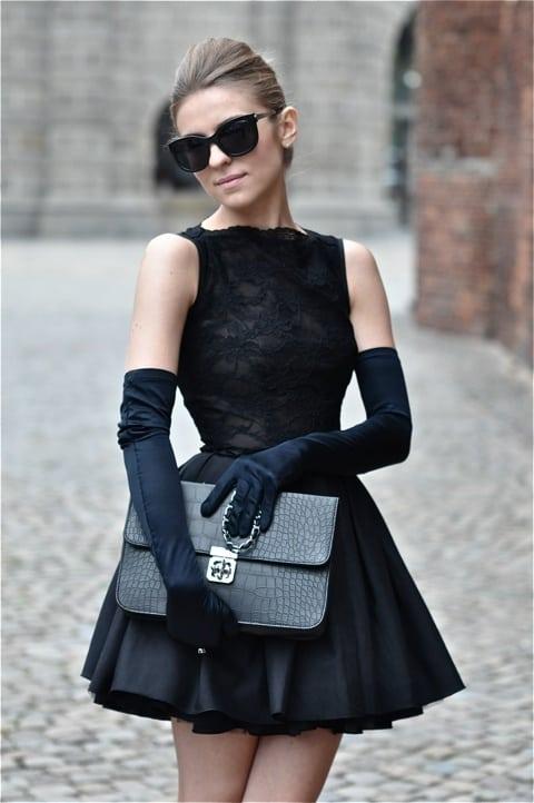 black-dresses