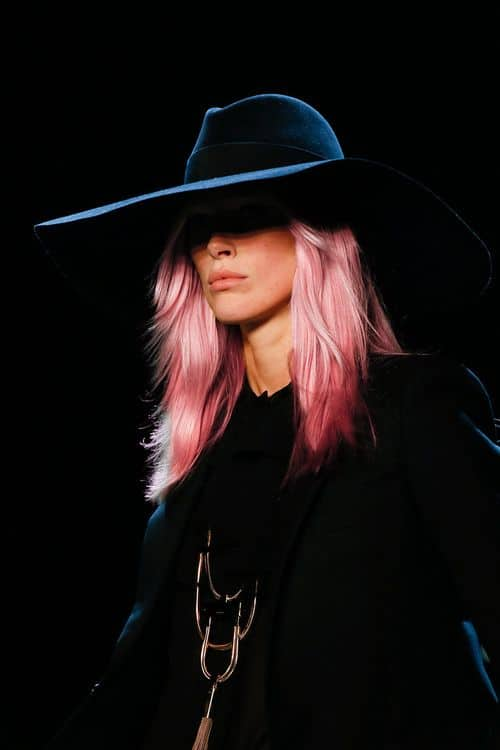 pale-pink-hair-look