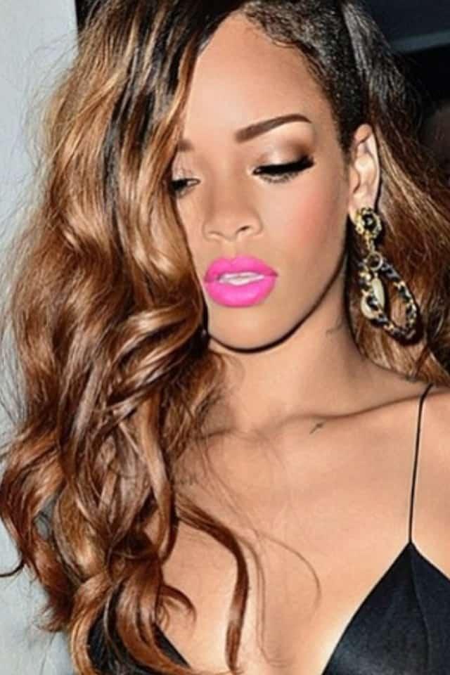 pink-lips-rihanna