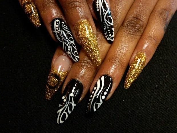 stiletto-nails