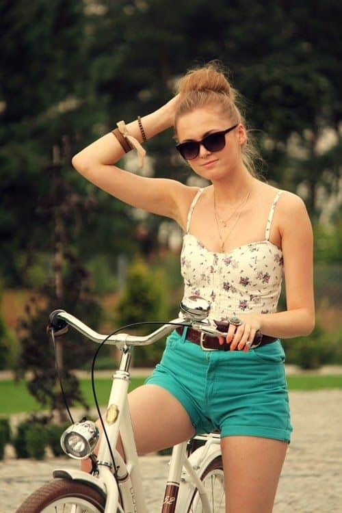 bustier-shorts-summer-look