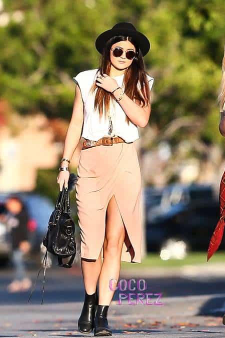 kylie-jenner-front-slit-skirt