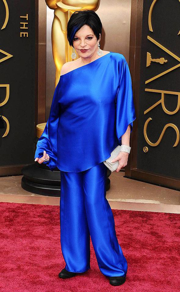 liza-minelli-2014-oscars-red-carpet-