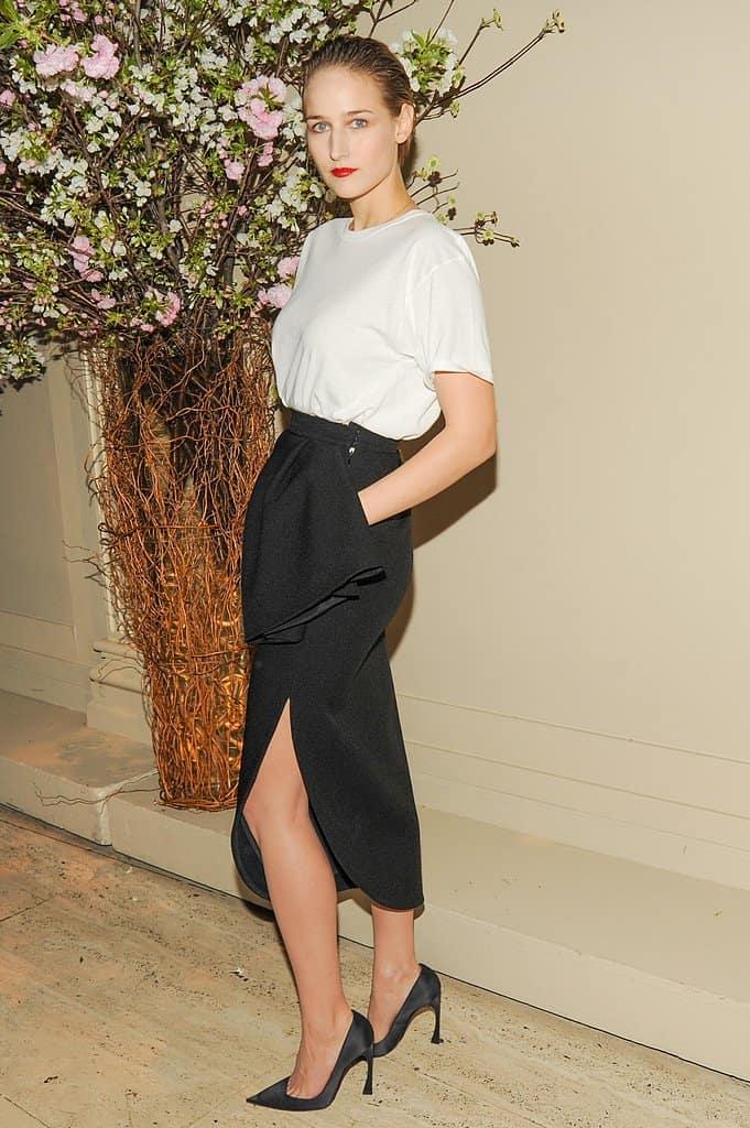 long-slit-skirt-style
