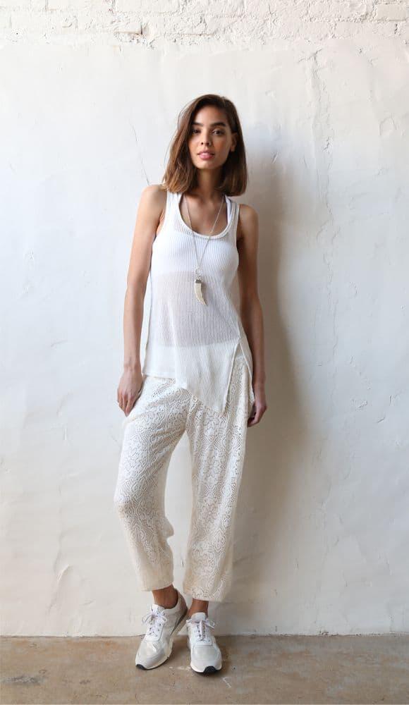 summer-look-white-sneakers-2