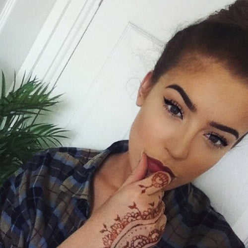 bold-dark-lips-makeup-trend (2)