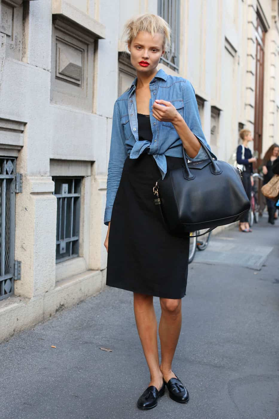 street-style-denim-shirt (2)