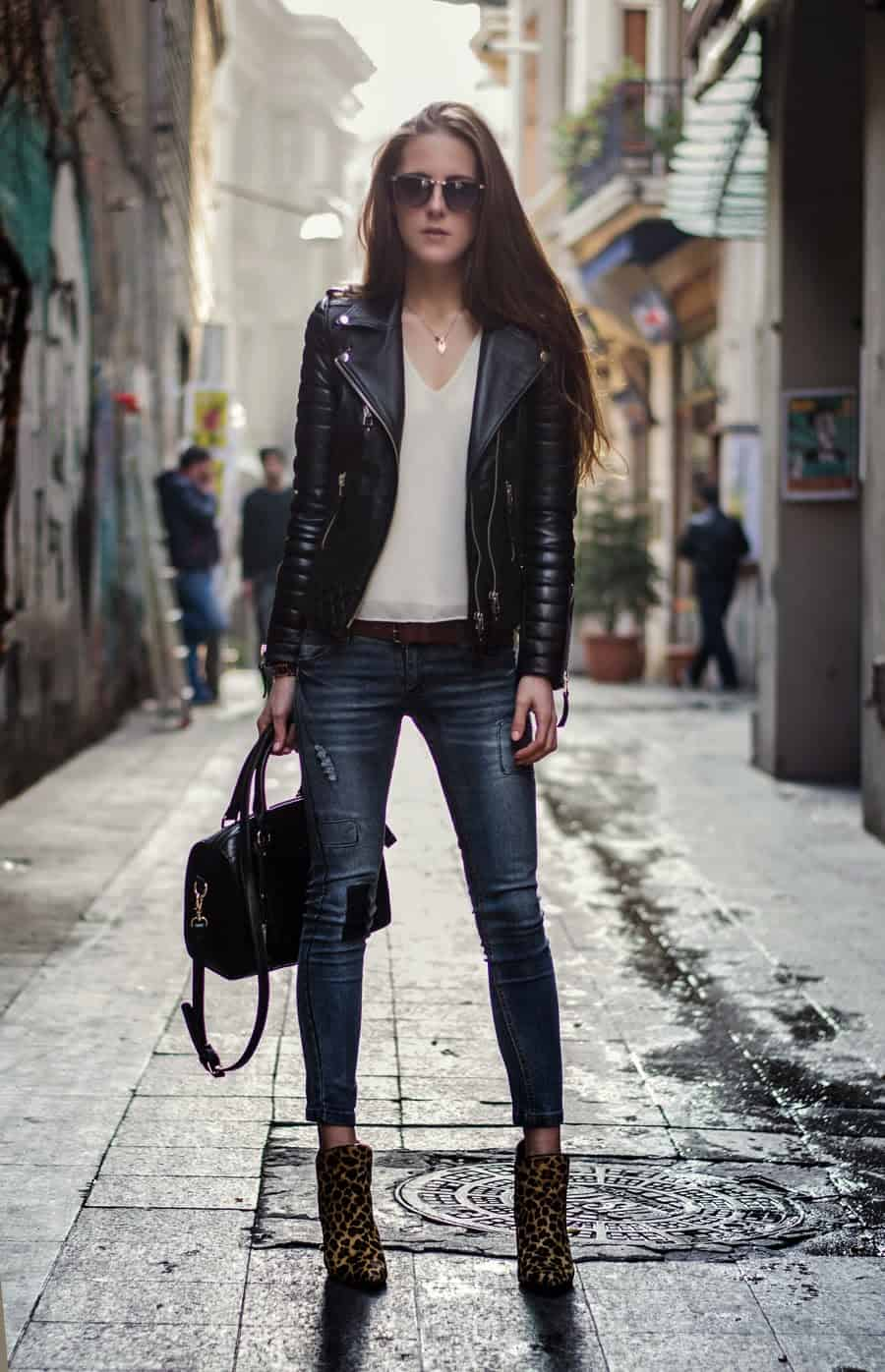 Outfits with Black Leather Jacket Women