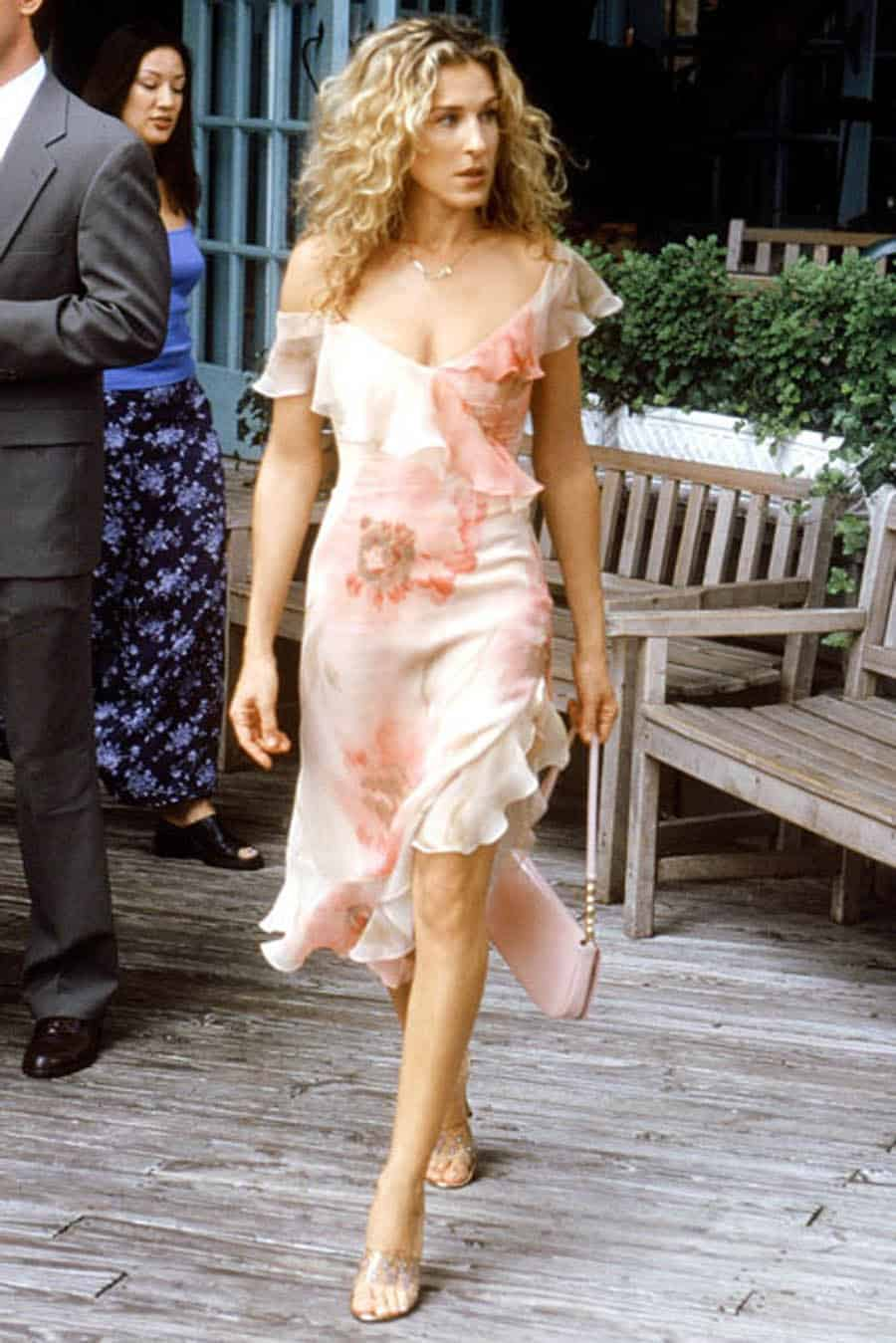 Carrie-Bradshaw-outfits (2)