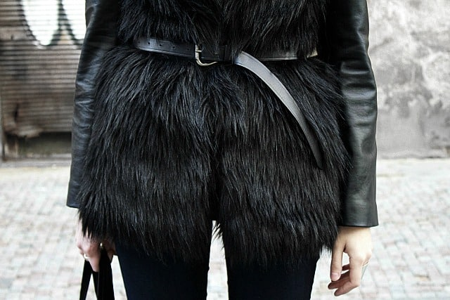 fur-vests-autumn-street-style (14)