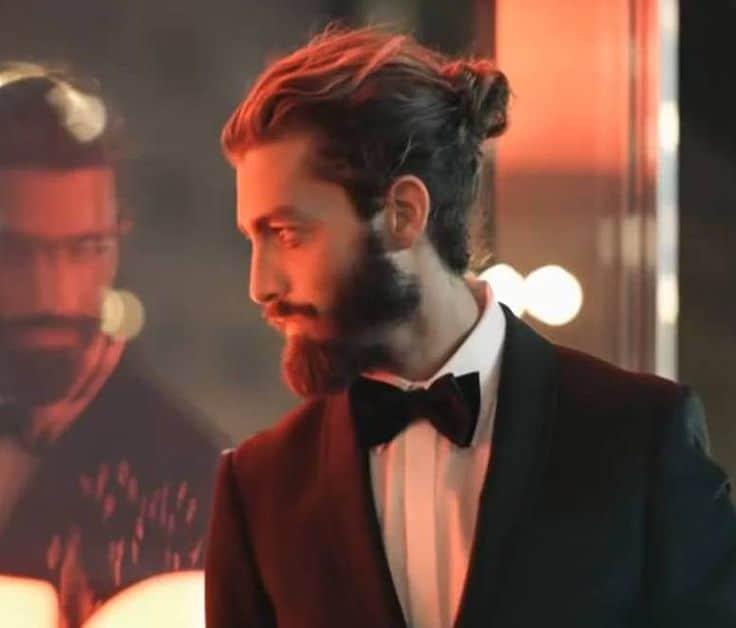 men-hairstyle-the-men-bun (8)