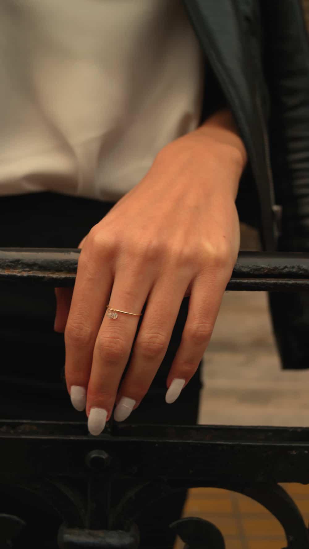 nude-diamond-jewelry-style (14)