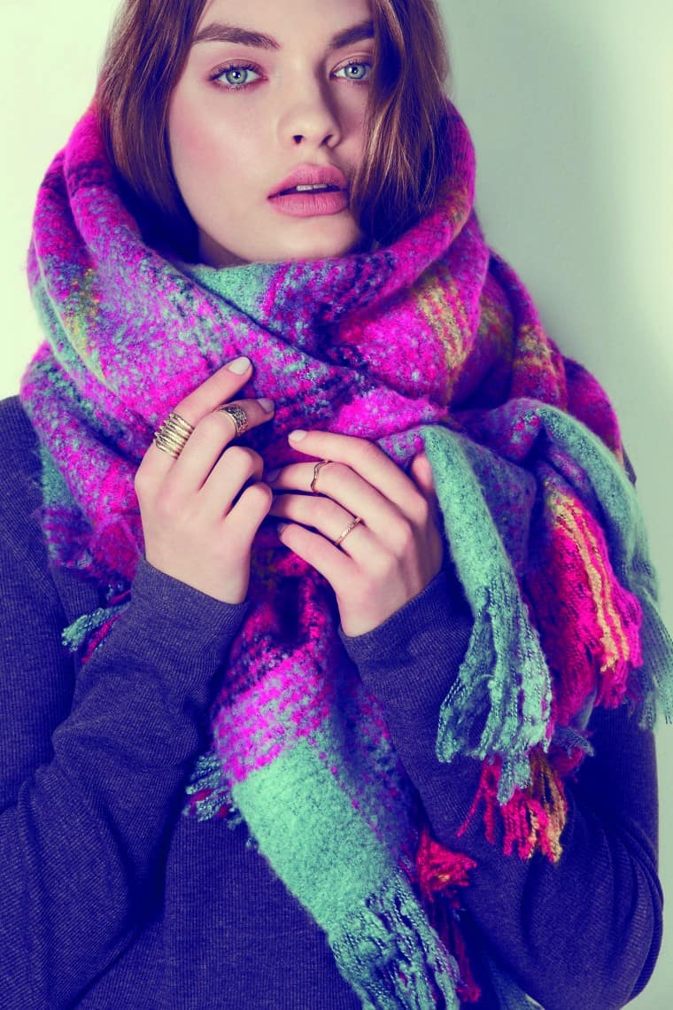 oversized-scarf-winter-look