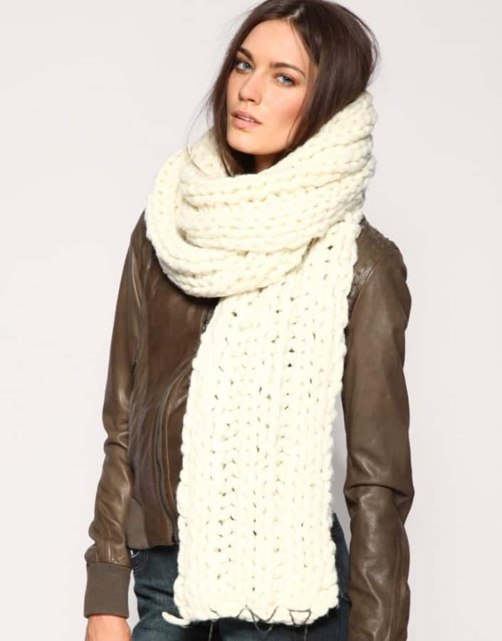 Scarf Knitting Styles : The oversized scarf trend alert fashion tag