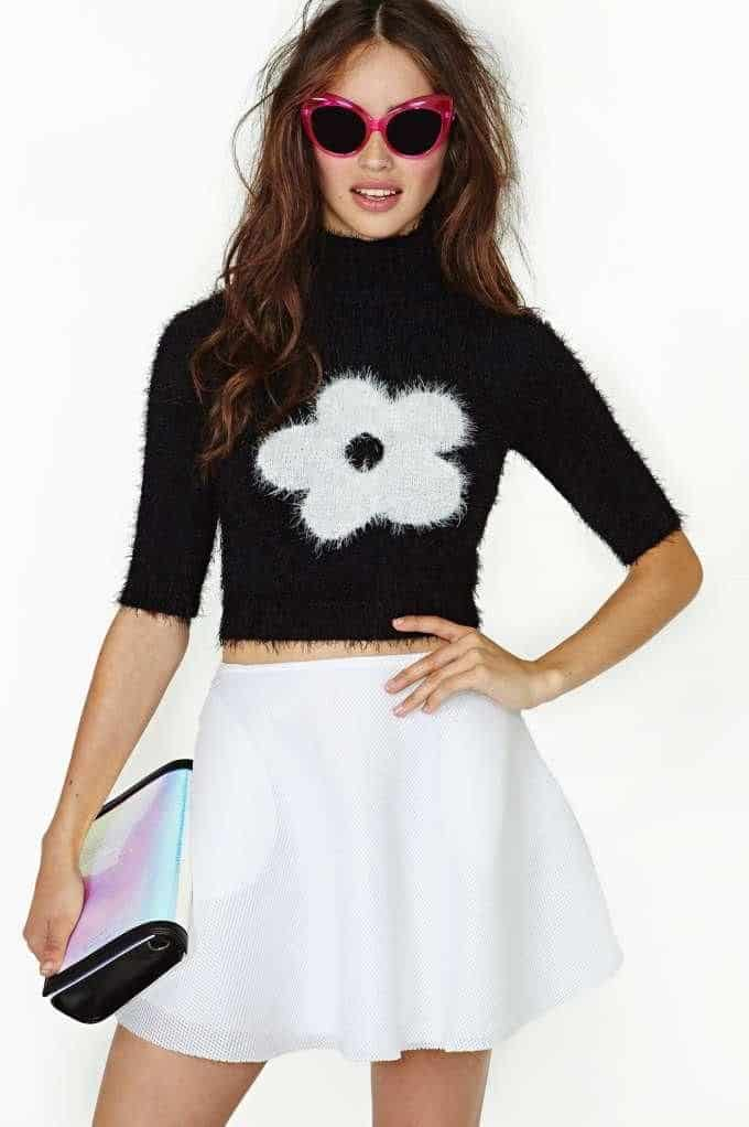 how-to-wear-cropped-sweaters-in-winter (7)