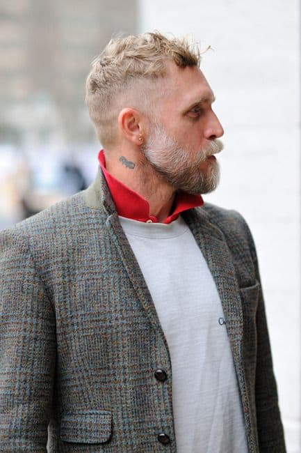 Popped Collars Or How To Look Instantly Cool The