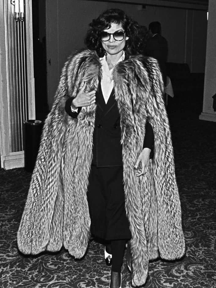 street-style-vintage-fur-coats (2)