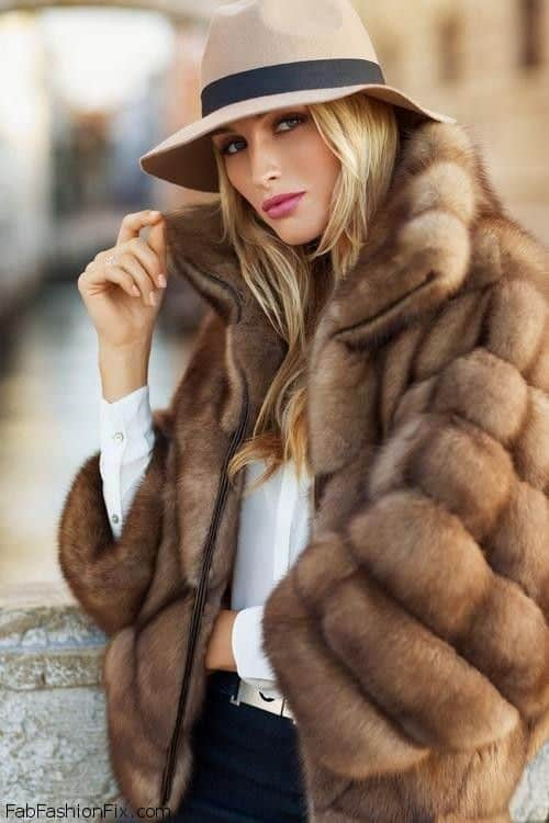 street-style-vintage-fur-coats (8) – The Fashion Tag Blog