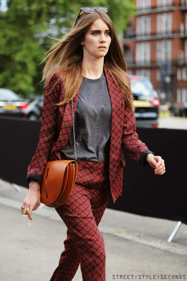 suit-multi-and-basic-shirt-street-style-seconds-1