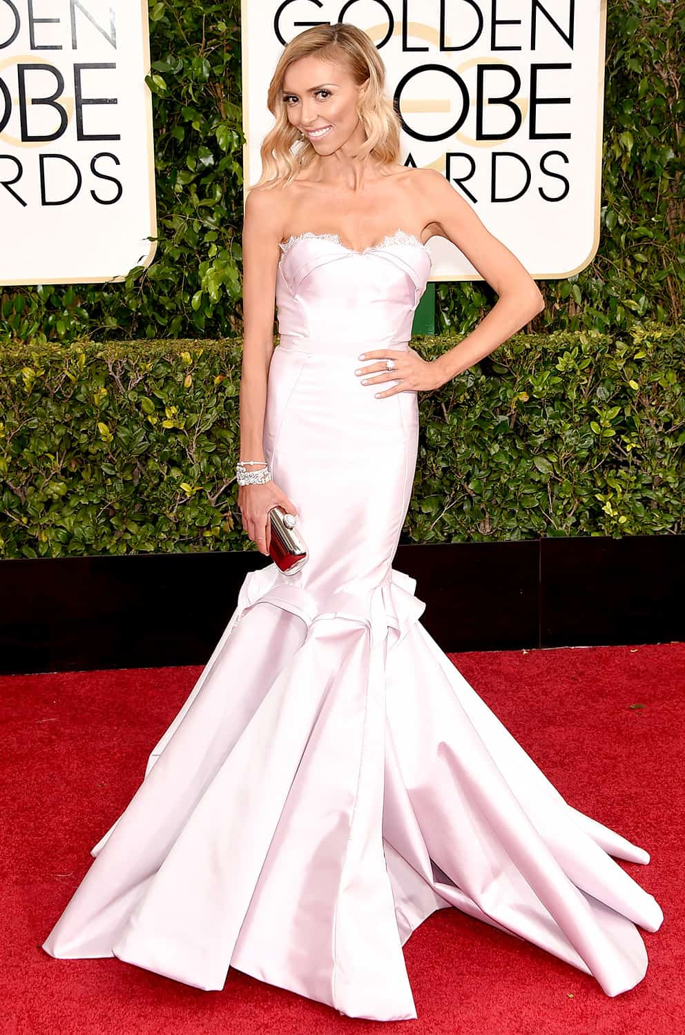 2015-golden-globes-red-carpet-giuliana-rancinc