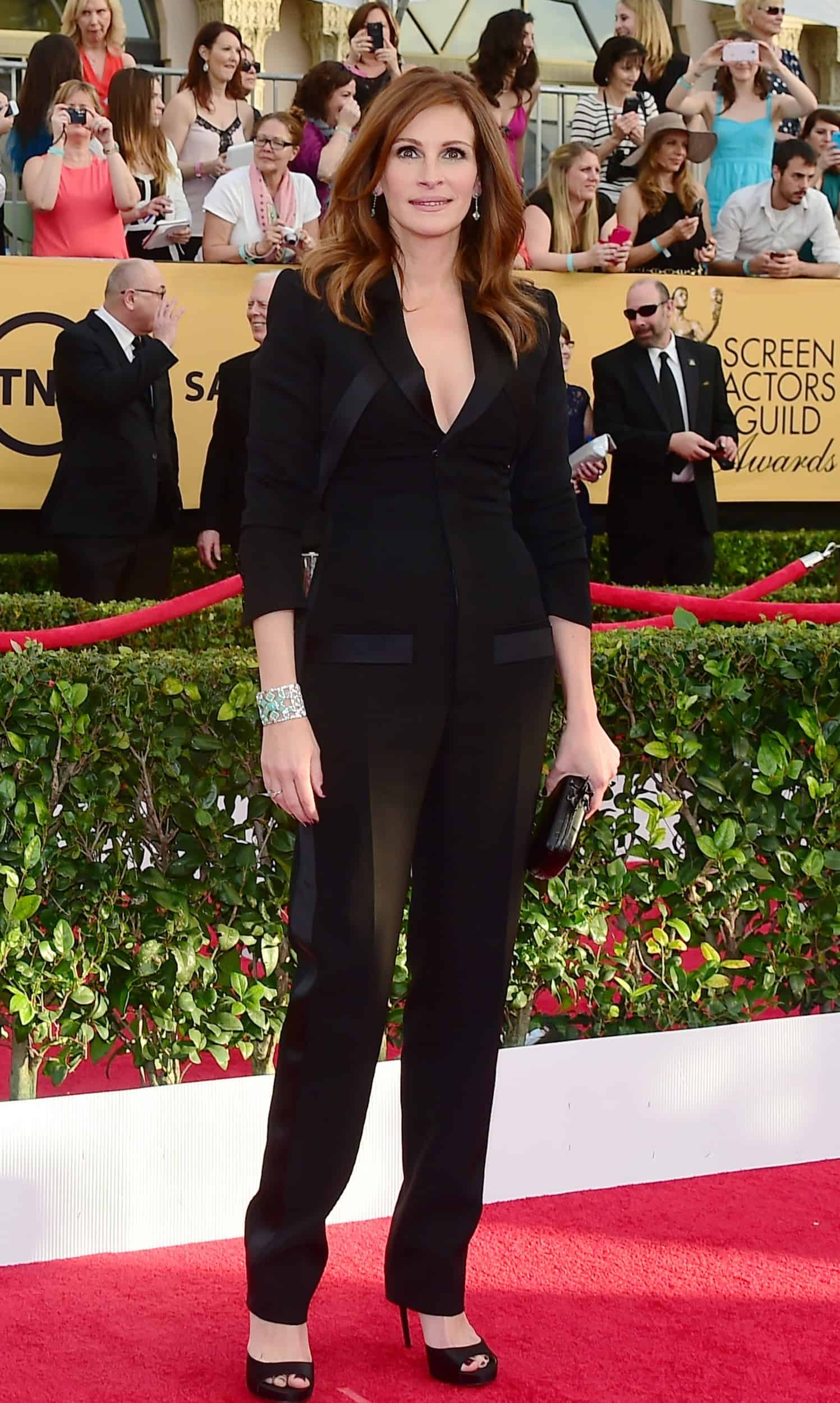 2015-sag-awards-red-carpet-best-worst-dressed-julia-roberts