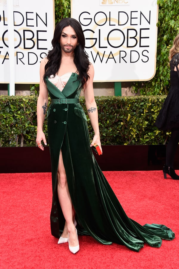 conchita-2015-golden-globes-red-carpet