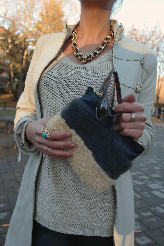 details-fashion-clutch