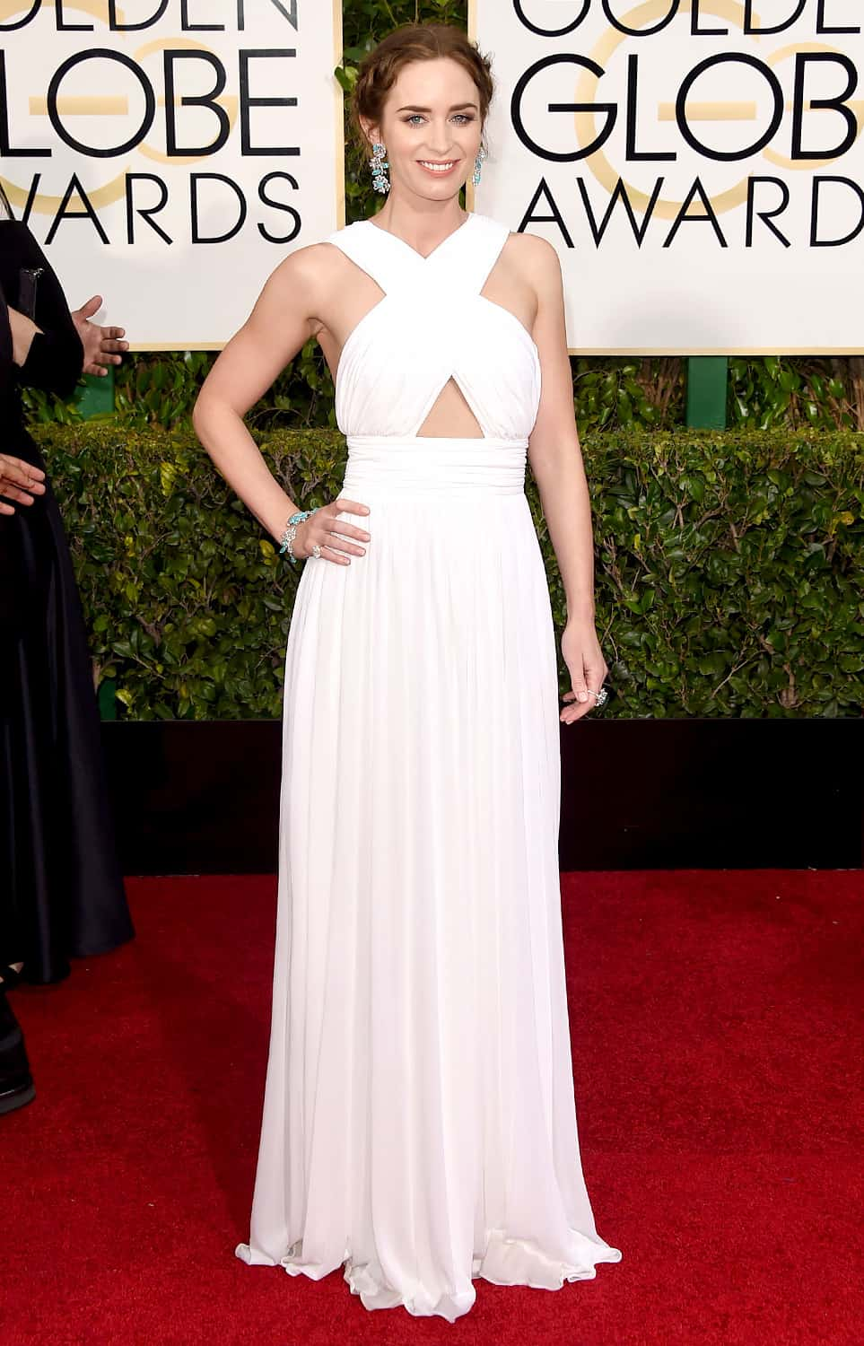 emily-blunt-2015-golden-globes-red-carpet