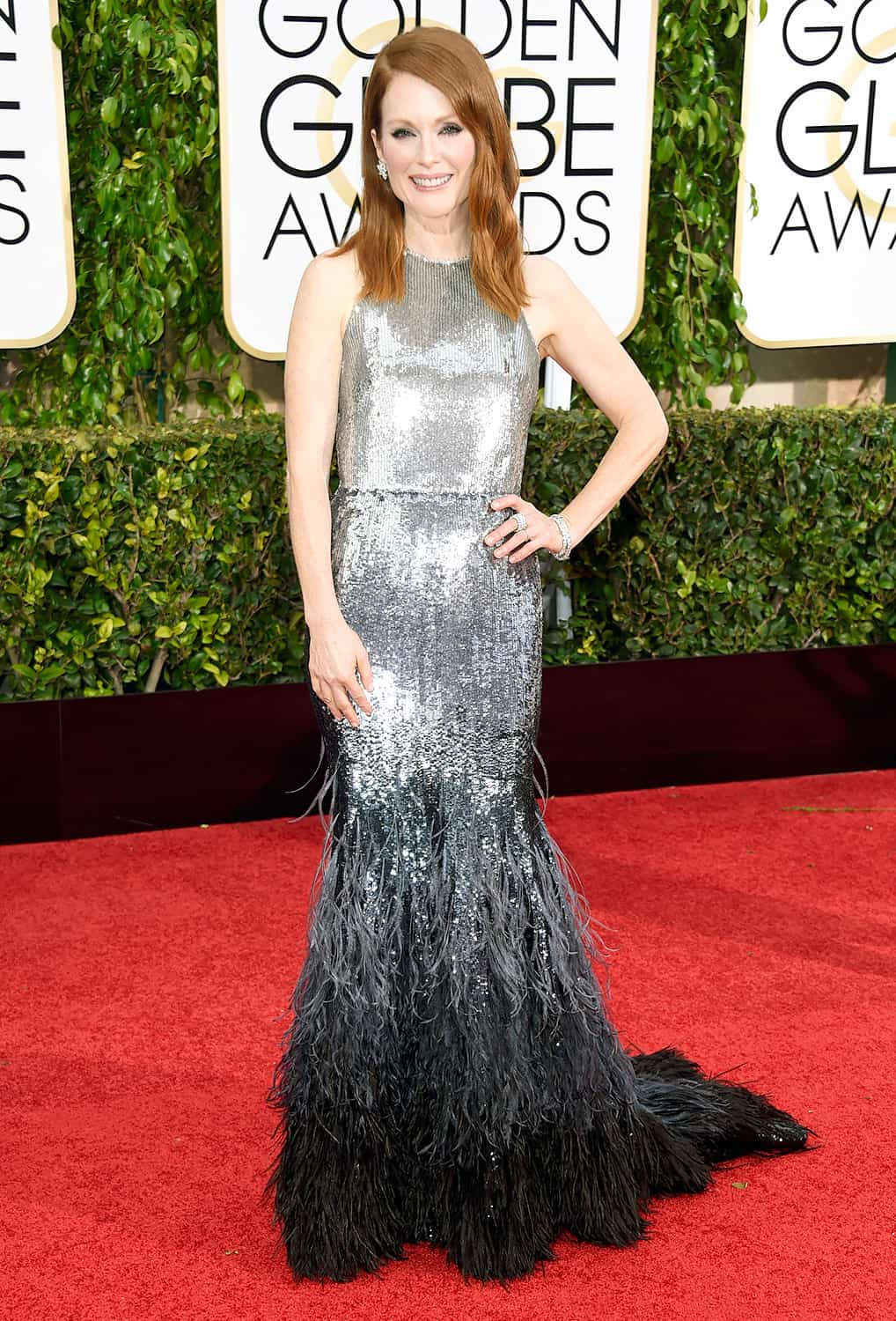 julianne-moore-2015-golden-globes-red-carpet