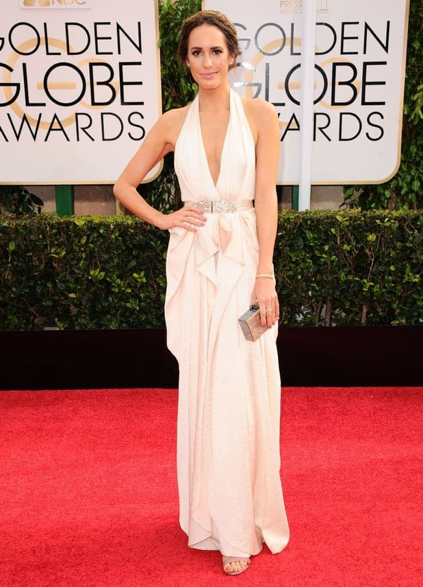 louise-roe-2015-golden-globes-red-carpet