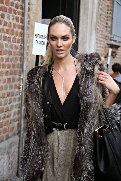 plunging-necklines-looks-streetstyle (29)