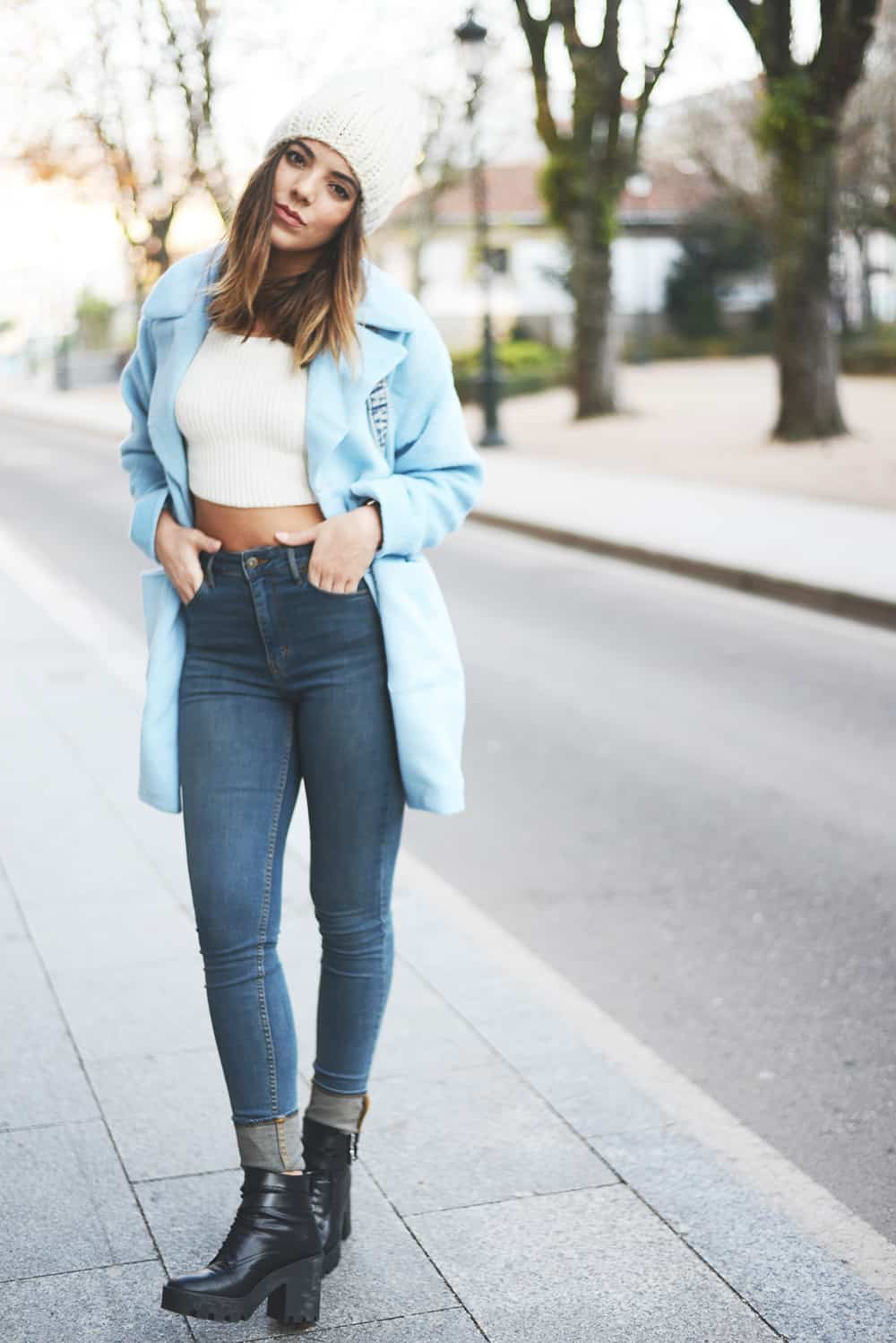 Street Style Jeans Chunky Heels The Fashion Tag Blog