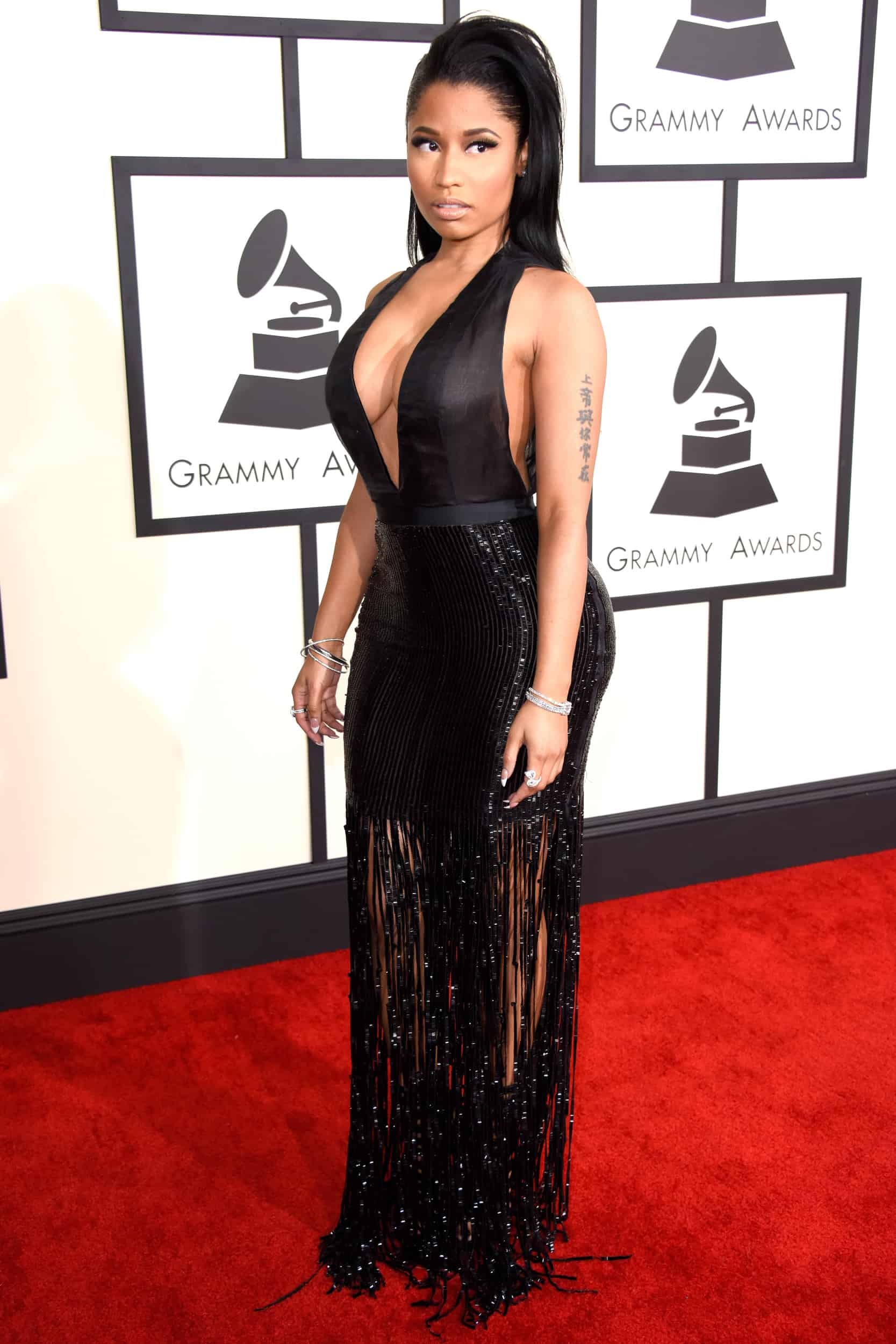 2015-grammys-red-carpet-best-worst-dressed-38
