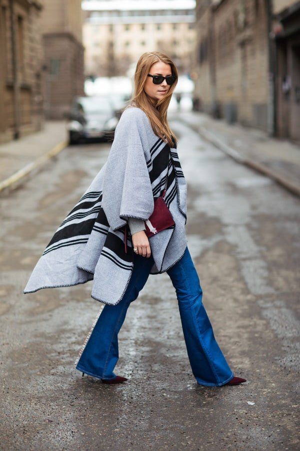 70s-falred-jeans-street-style-1