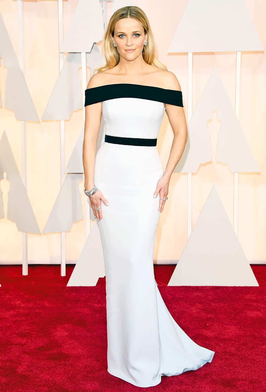 oscars-2015-red-carpet-reese-witherspoon
