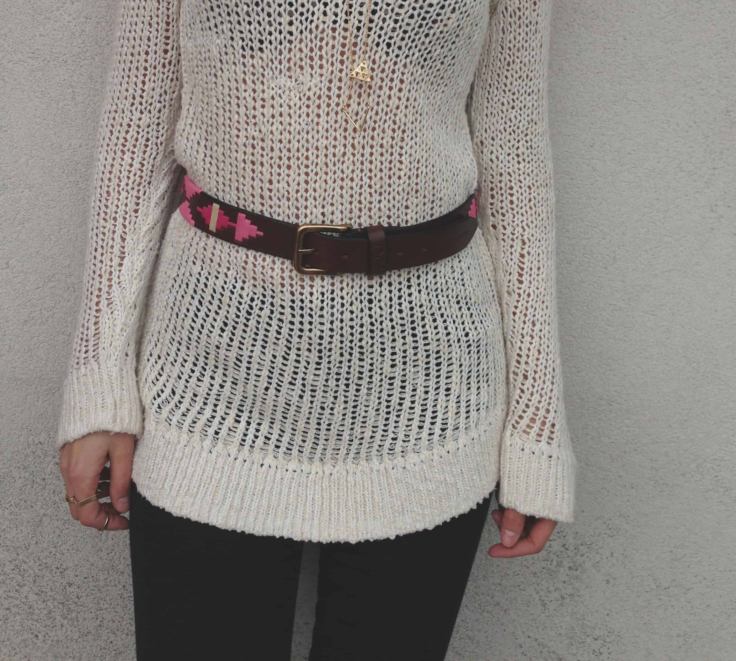 belt-over-sweater-style-fashiontag-