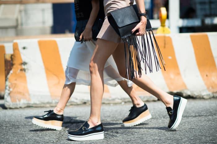 spring-trend-2015-fringe-purse