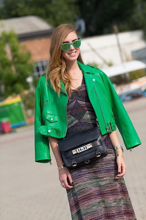 Street Style Green Outftis Spring Looks 27 The Fashion