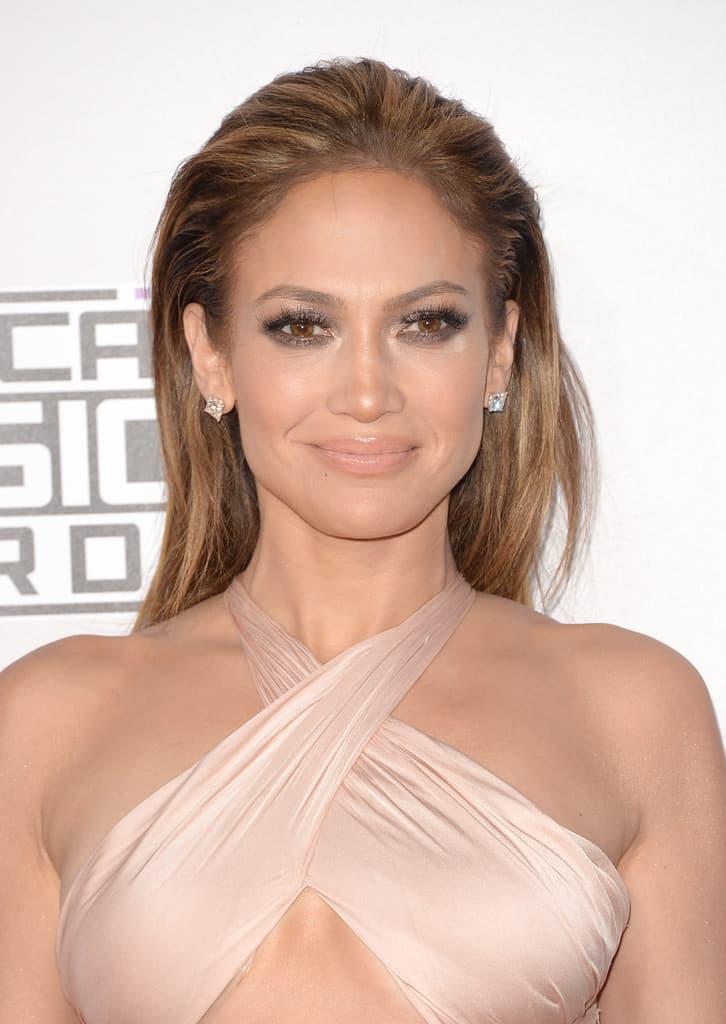 Jennifer+Lopez+Makeup+Nude+Lipstick+rwkxpJh6VbAx
