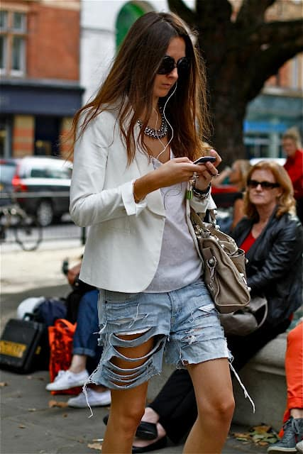 boyfriend-denim-cutoffs-summer-trend-8
