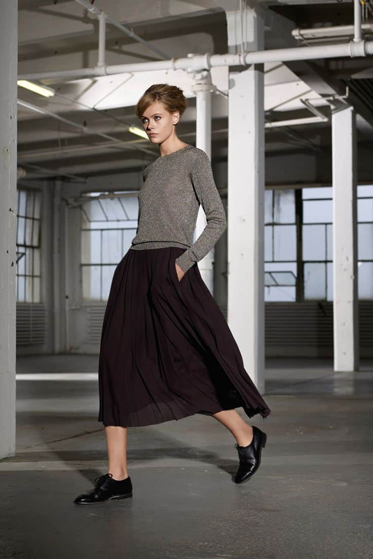 Midi skirt fashion