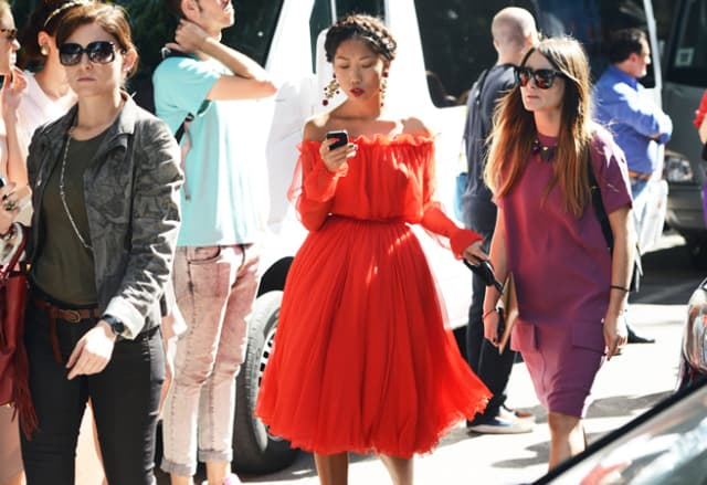 orange-outfits-summer-trend-streetstyle-22