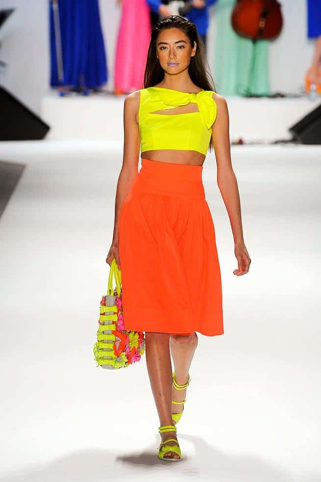 orange-outfits-summer-trend-streetstyle-7