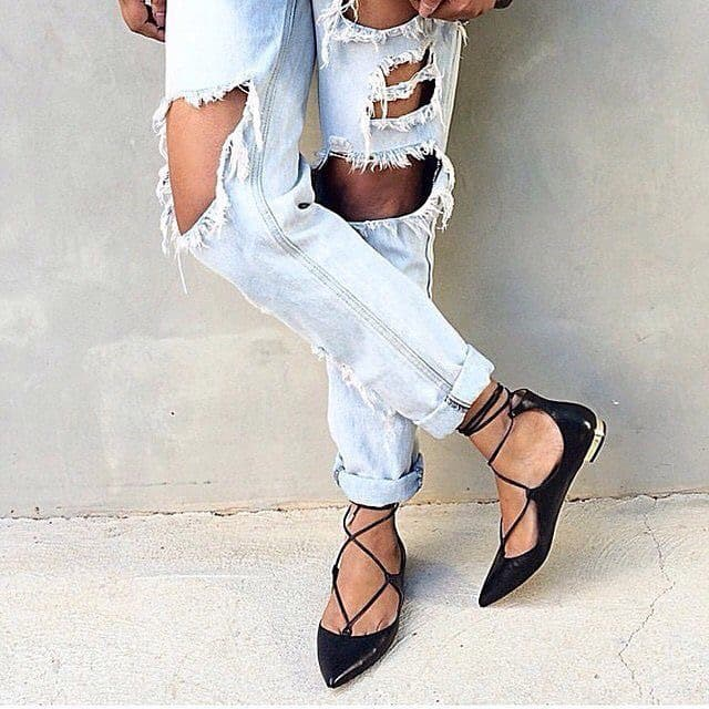 summer-shoe-trends-lace-up-flats-4