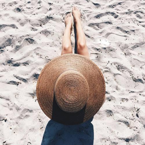 nude-summer-hats-looks-14