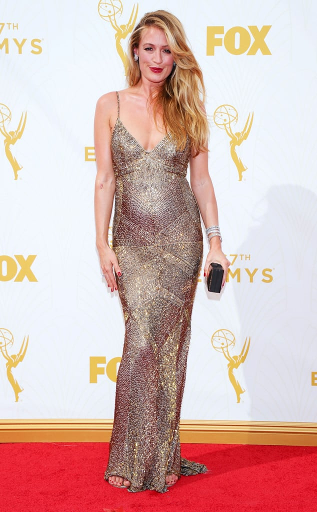 2015-emmys-red-carpet-Cat-Deeley.2-Emmys.ms.092015
