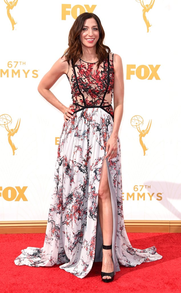 2015-emmys-red-carpet-Chelsea-Peretti-emmy-awards.ls.921015